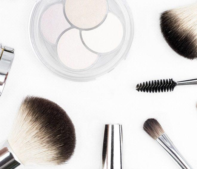 Wimpernserum – Anwendung und Kombination mit Mascara