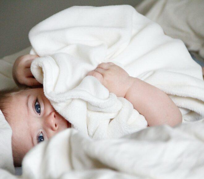 Die Top fünf der besten Baby-Pyjamas für Mädchen